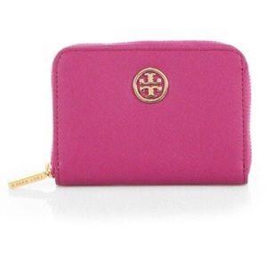 Tory Burch Handbags - Tory Burch Robinson Zip Coin Case Key Chain Wallet