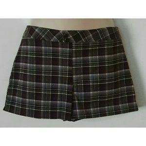 A. Byer Pants - Plaid Shorts NWT