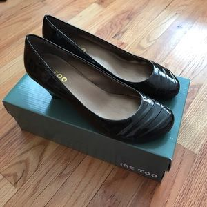 me too Shoes - Me Too Patent Leather Wedges 8.5m