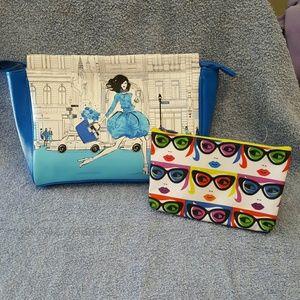 Elizabeth Arden  Handbags - Elizabeth Arden Cosmetic Bag