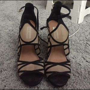 Steve Madden Black Strappy Nude Heels GORGEOUS