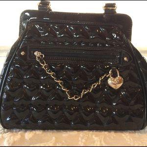 Lulu Handbags - LULU by Lulu Guinness Black Patent Quilted Heart