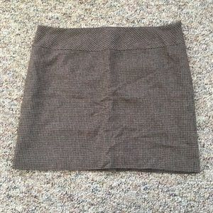 The Limited Dresses & Skirts - The Limited Sz 12 Houndstooth Brown Skirt