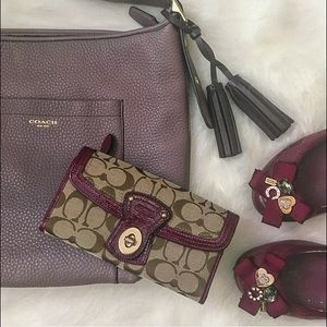 Coach Handbags - ⭐️SALE!! Coach Wallet