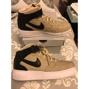 Nike Shoes - Nike Air Force 1 Mid