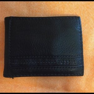 Fossil Other - Fossil black wallet