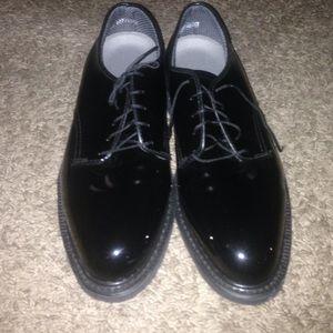 Vibram Other - New men's vibram dress shoes size 10