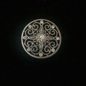 Premier Designs Jewelry - Premier Designs broach / slide pendant