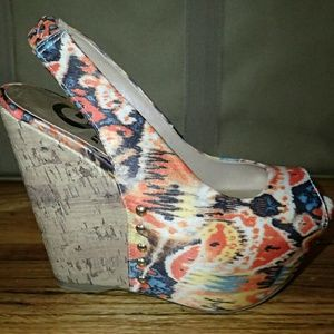G by Guess Multi-Colored Fabric Wedges 6 - New