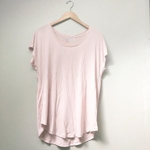 Maurices Tops - 💞HP💞 Plus // Blush Short-Sleeved Top