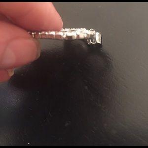 Vintage Jewelry - Rhinestone rhodium prong set heart pendant