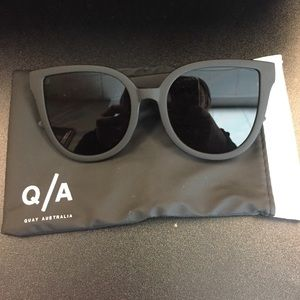 Quay Australia Accessories - Quay Australia it's my way Sunnies in all black