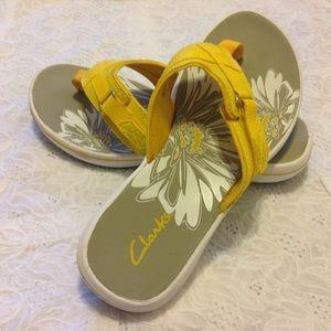 Clarks Shoes - CLarks Yellow Breeze Sea Flip- Flops