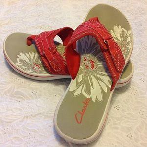 Clarks Shoes - Clarks Red Breeze Sea Flip- Flops