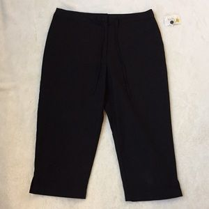 Westbound Pants - NEW Westbound Black Capris