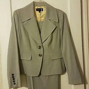 2 piece suit, grey and white, two button jacket