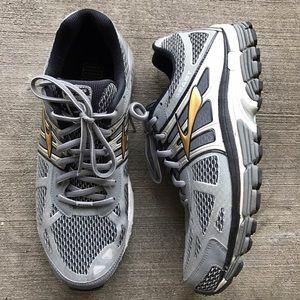 "Brooks Other - [Brooks] men's ""Beast '14"" men's athletic shoes 11"