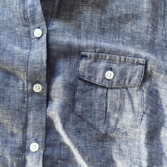 Island Company Tops - MOVING SALE❗️Blue Linen Button Down Shirt
