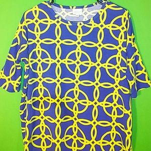 LuLaRoe Tops - LuLaRoe Womens XXS Geometric Shirt / Top