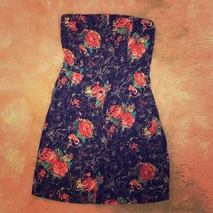Nordstrom Dresses & Skirts - Nordstrom Floral with Button Accents Tube Top Dres
