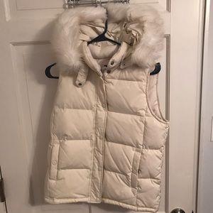 Gap white fur trim vest
