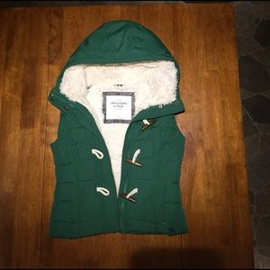 Abercrombie & Fitch Women's Fleece and Down Vest