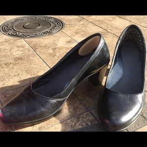 Black Leather NAOT Size 40 (US 10) Pumps Heals