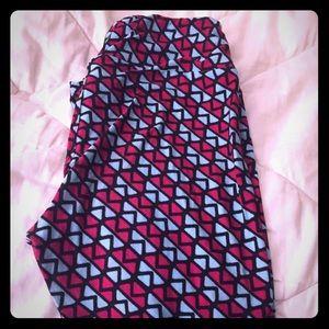 One size lularoe leggings!