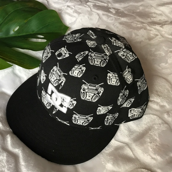 b638b562 D.C. Shoe Co: Travis Barker Remix fitted hat. M_589e5eb5f739bc9062034df5