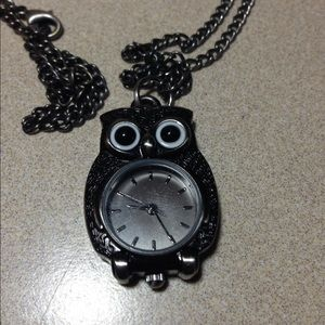 Forever 21 Jewelry - Owl Watch Necklace