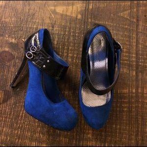 shoedazzle Shoes - Blue heels