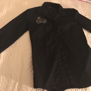 GAP Tops - GAP Long sleeve button down size 4
