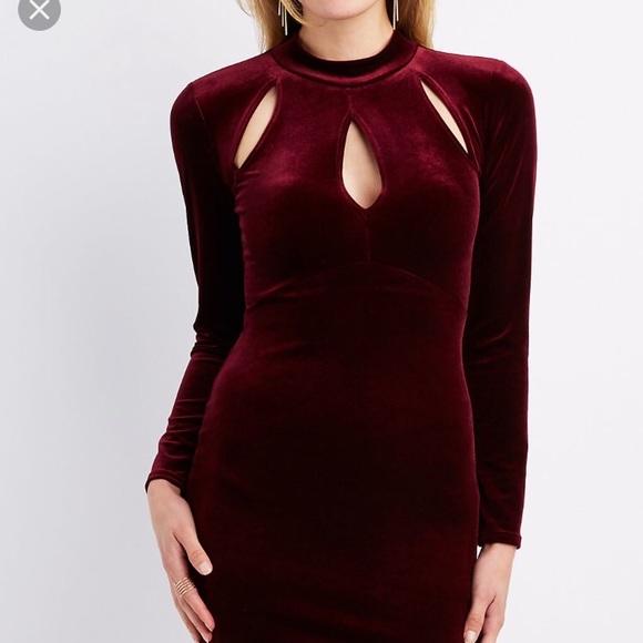 75945e12c9938 NWT ✨ Charlotte Russe velvet dress