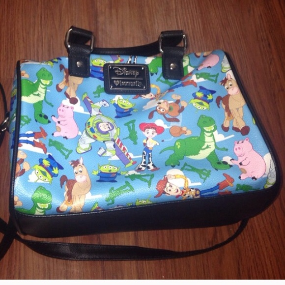 abe463be64 Toy story loungefly purse. M_589e7d85ea3f36b90403bd28.  M_589e7d883c6f9f89f1029a14. M_589e7d8c99086a1474029a0f.  M_589e7d8f522b45212203bc67