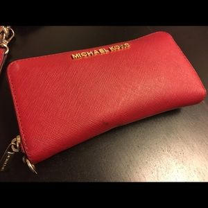 Michael Kors Handbags - Michael Kors wallet
