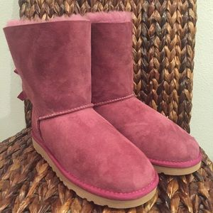 b5d534906d7 UGG BOUGAINVILLEA BAILEY BOW BOOTS