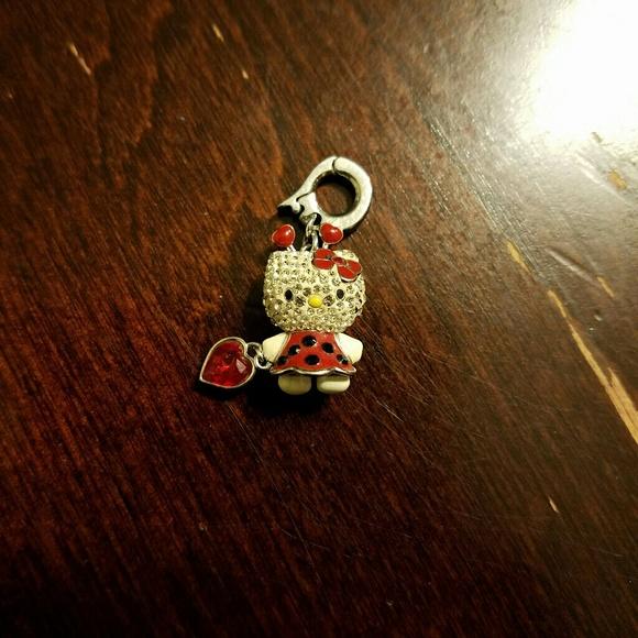 Swarovski Hello Kitty charm. M 589e99c62de5126bf0007fa6 f75861f7d54b8