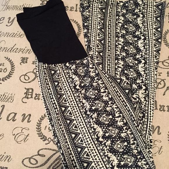 """Motherhood Maternity Pants - Maternity Aztec pants size XL 34"""" inseam"""