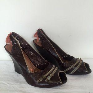 kenzie Shoes - Kenzie Stunner Brown Lace Flower Wedges 6.5