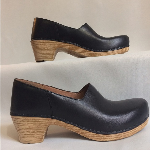 Clothing, Shoes & Accessories Have An Inquiring Mind Womens Size 40 Professional Dansko Clogs Gray Leather Easy To Use