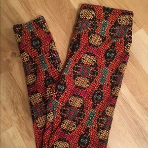 lularoe russian nesting doll leggings OS, NWT
