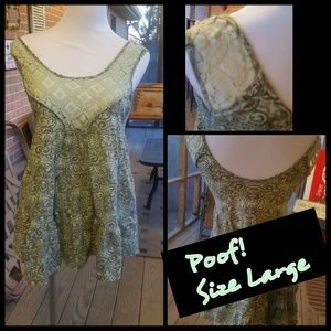 Poof! Tops - Poof! Size Large Top! Gorgeous!