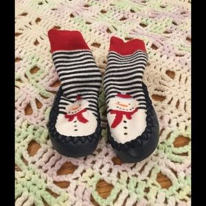 jojo Other - Cute snowman socks shoes