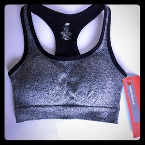 82c9a7e4ddb4e New Balance Intimates   Sleepwear - 🆕 NEW BALANCE Sports Bra with  Removable Cups - XS