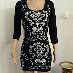 liv Dresses & Skirts - Cute sweater dress