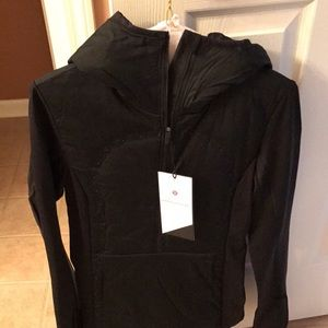 lululemon athletica Jackets & Blazers - **LAST CHANCE**NWT lululemon Run for Cold Pullover