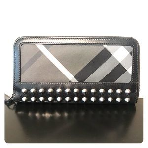 Burberry Studded Wallet Limited Edition