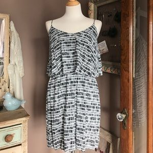Old Navy Printed Tiered Flounce Mini Dress Medium