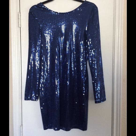 Blue dress venus 11