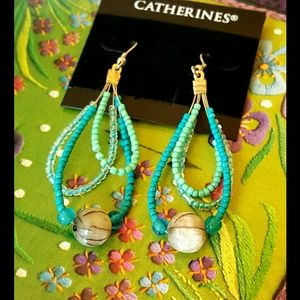 Catherines Jewelry - Turquoise Glass bead dangle earrings NWT 🌟